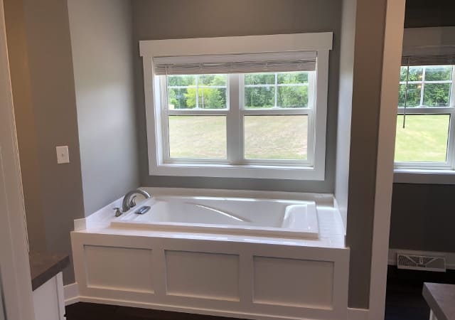 Bathtub with Full Window Design